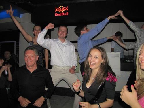 """Ледида з Власовою відривався в нічному клубі """"Панорама"""" з нагоди перемоги (ФОТО)"""