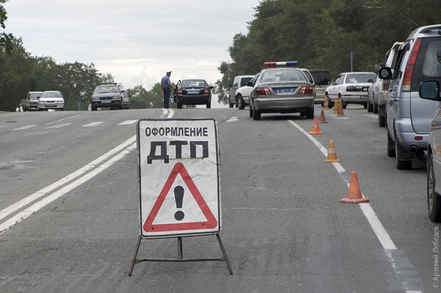 В Ракошині під колесами автомобіля ледь не загинула шестикласниця