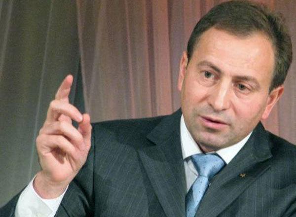Опозиція готова блокувати місяць трибуну, щоб Янукович міг розпустити ВР