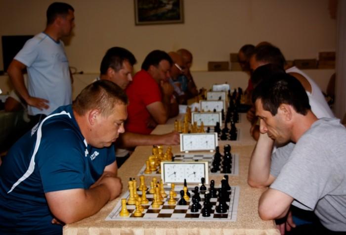 Закарпатські депутати відзначились у спортивних змаганнях