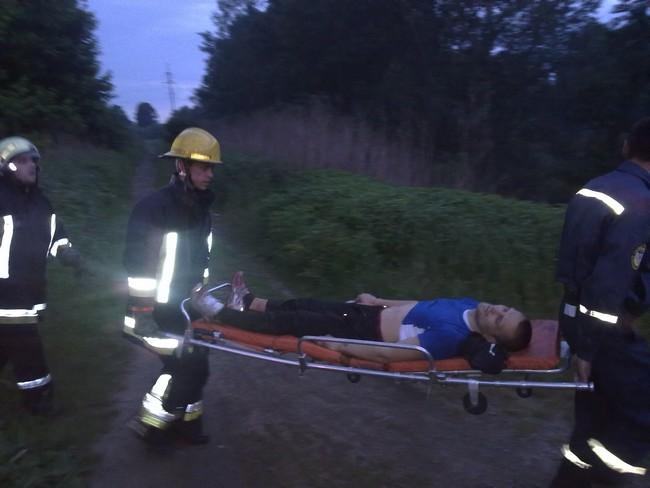 Ужгородець травмувався при падінні з семиметрової труби