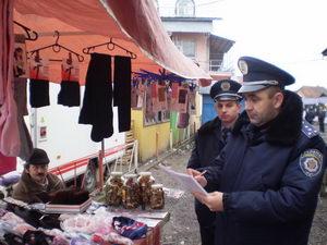 Міліція перевіряє продовольчу безпеку на Закарпатті