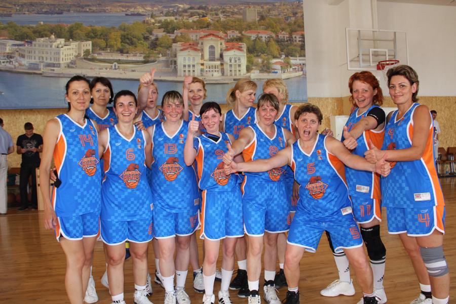 Мукачівські баскетболістки повернулися переможницями з чемпіонату України з баскетболу (ФОТО)