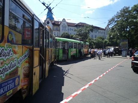 У Дніпропетровську в трамваї спалахнув порох