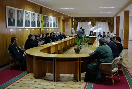 """Духовенство Мукачівської єпархії прийняло участь в конференції на тему """"Церква і медицина"""" (ФОТО)"""