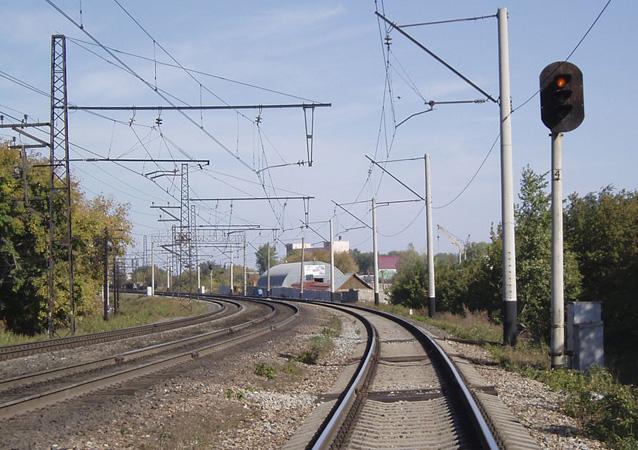 На Полтавщині чоловік та жінка потрапили під потяг