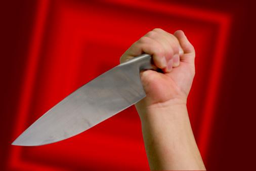 Відвідувач ресторану ледь не постраждав від ножа зловмисника