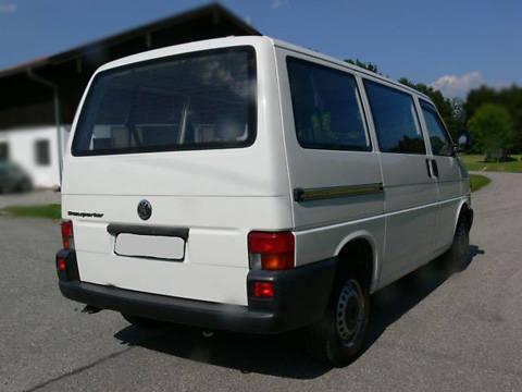 На Закарпатті обікрали мікроавтобус громадян Литви