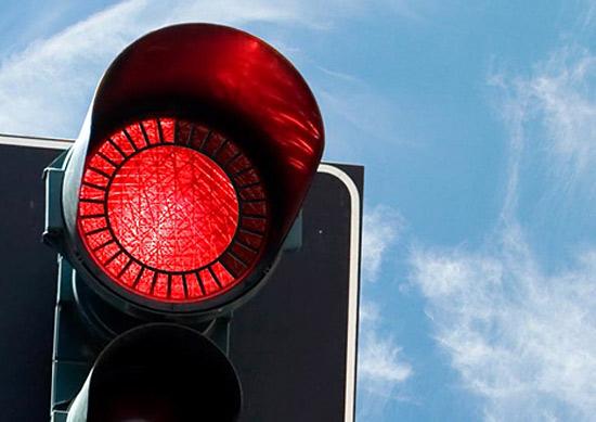 Ужгородський світлофор на вулиці Толстого перенесуть (ВІДЕО)