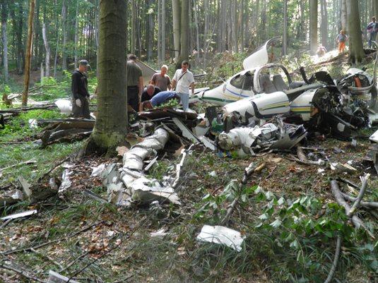 Контрабандисти збили літак Держприкордонслужби України? (ФОТО, ВІДЕО)
