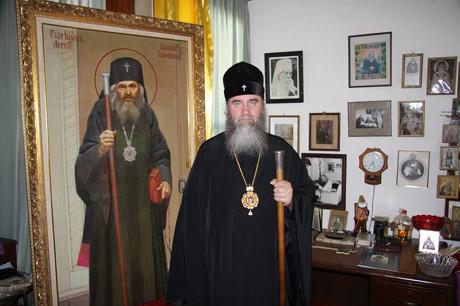 Архієпископ Феодор взяв участь у святкуванні річниці архієрейської хіротонії митрополита Володимира (ДОДАНО ФОТО)