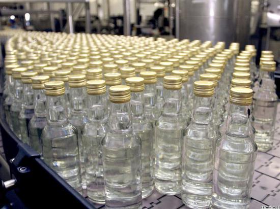 ДПА прикрила підпільний цех по виготовленню горілки (ФОТО)