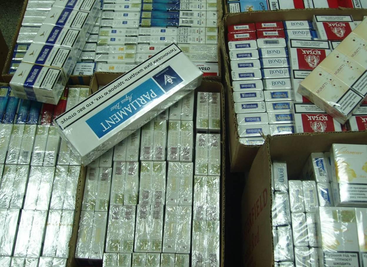 Мукачівські прикордонники затримали двадцять три ящики цигарок
