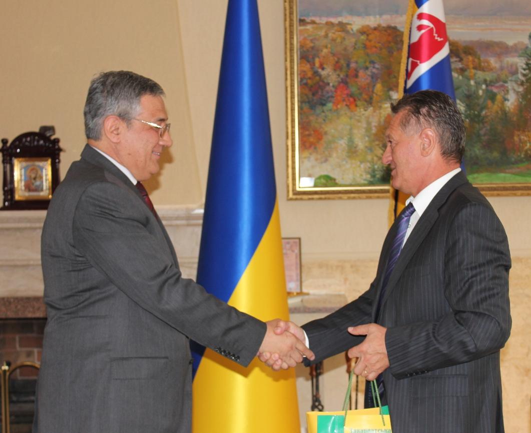 Закарпаття відвідав посол Таджикістану