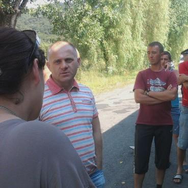 Вячеслав Шутко вислухав жителів Кушниці і Броньки щодо ситуацію з Боржавською вузькоколійкою (ФОТО)