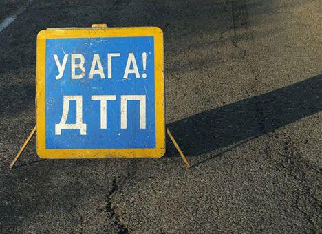 В Ужгороді на об'їзній мотоцикліст потрапив у ДТП