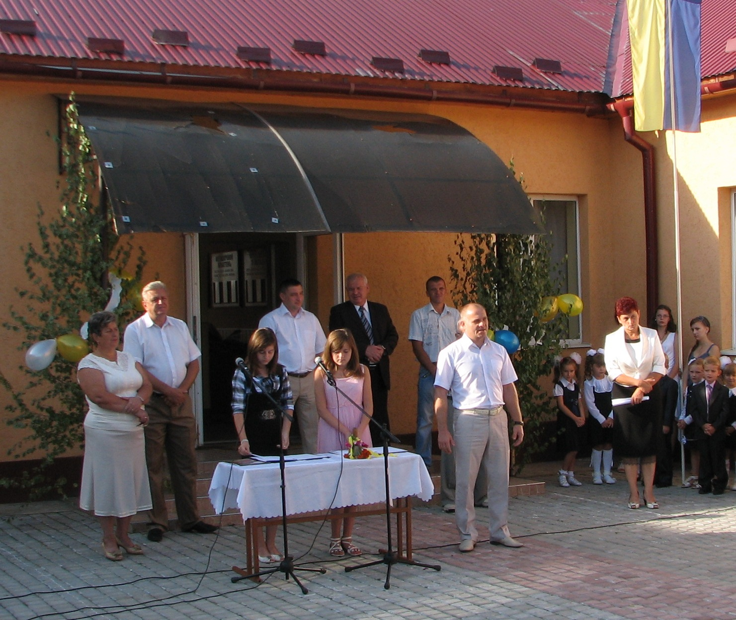 Вячеслав Шутко привітав учнів Іванівської школи
