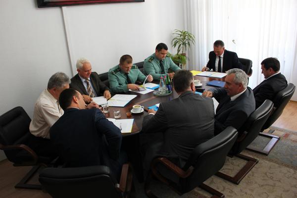 Начальник Мукачівського прикордонного загону прийняв участь у нараді проти контрабанди