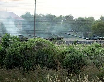 З Ужгороду вивозять танки