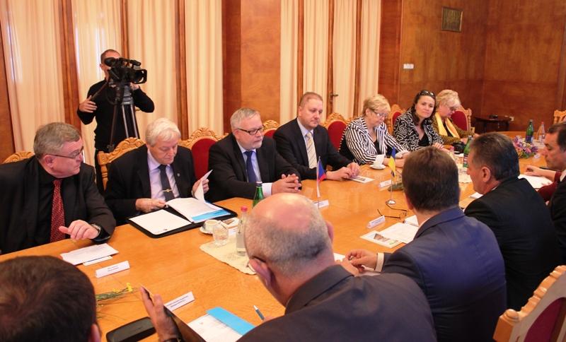 Сенатори з Чеської Республіки приїхали до Ужгорода