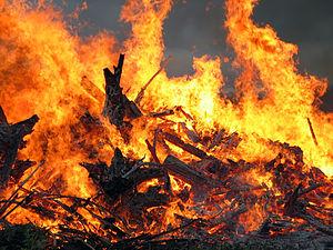 Вночі у Мукачеві згорів газетний кіоск