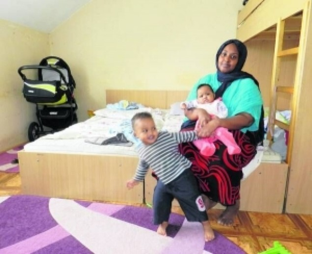 Сомалійка розповіла як її живеться в пункті для біженців у Мукачеві