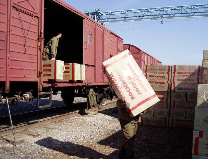 Закарпатці перевезли більше 2 мільйонів тонн вантажу