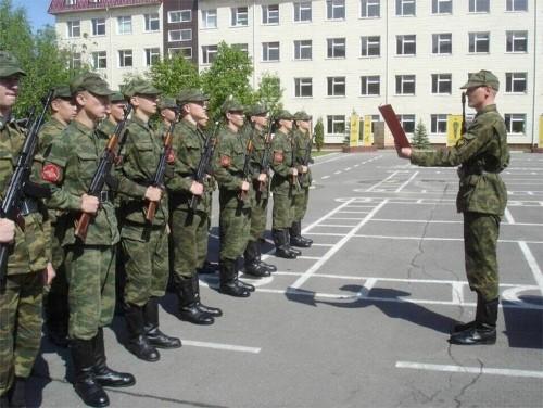 Мукачівських юнаків проводжали в армію