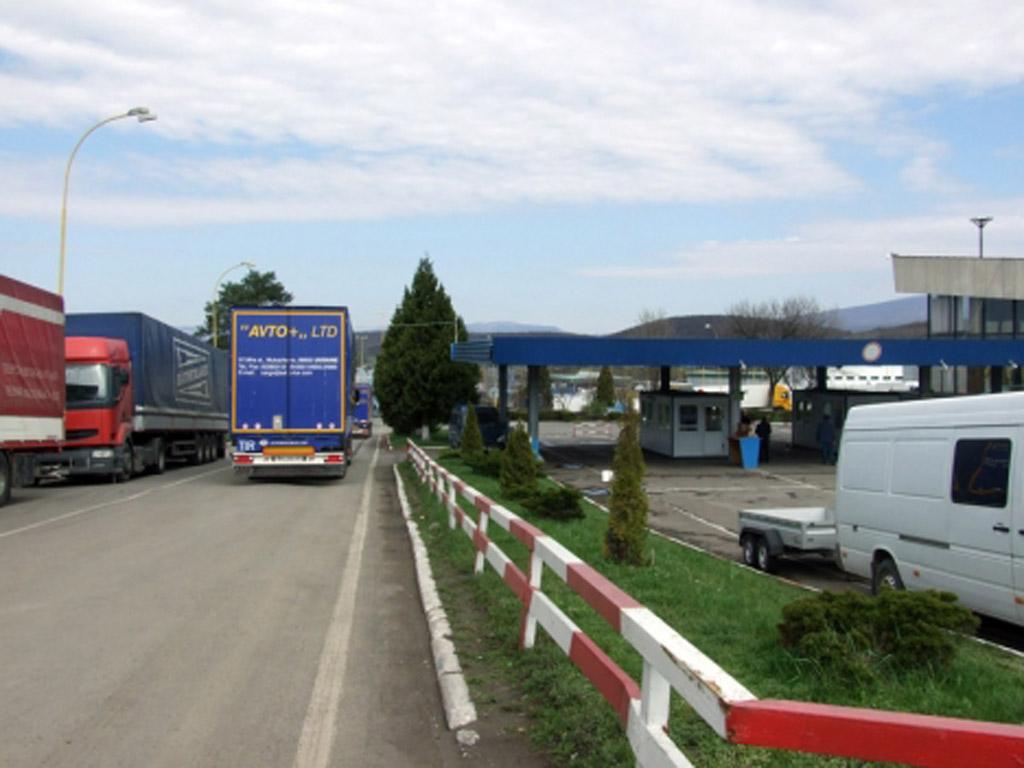 На Чопській митниці вилучили вантажівку вартістю 55 тисяч євро