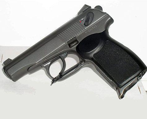 У мукачівця з будинку злодії вкрали пневматичний пістолет