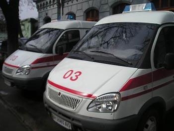 В Ужгороді жінка впавши з висоти ледь не померла в калюжі власної крові