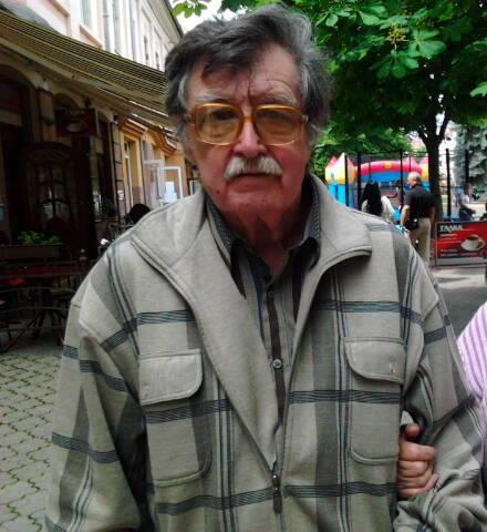Родина розшукує зниклого дідуся-грибника (ФОТО)