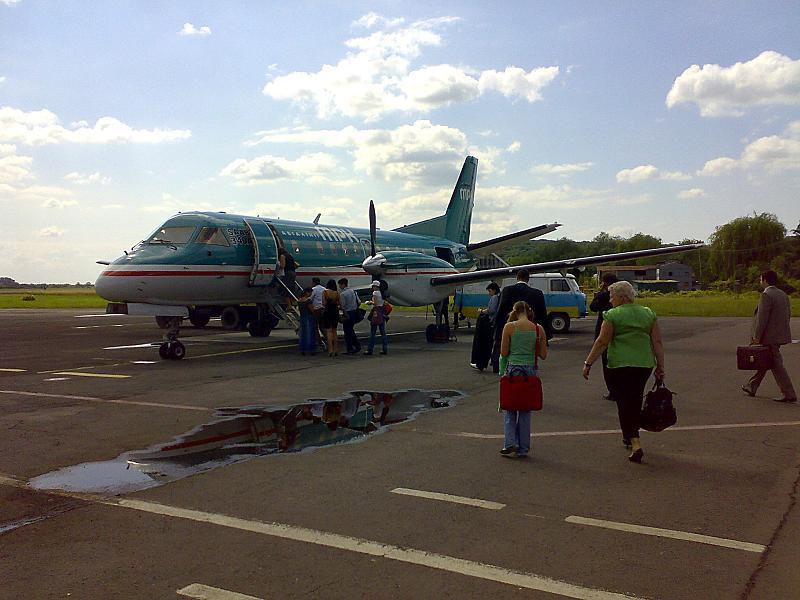 Губернатор Закарпаття заявив, що Закарпаття шукає менший літак