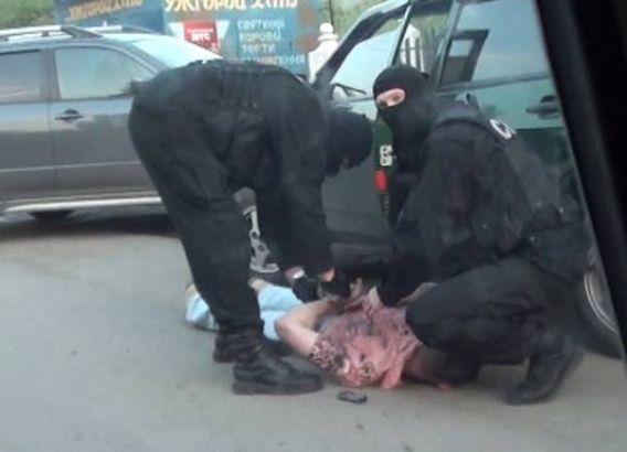 СБУ викрила злочинне угрупування яке переправляло іноземців до ЄС (ФОТО)