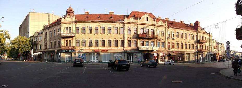 Ужгородська влада планує перетворити площу Петефі на пішохідну зону
