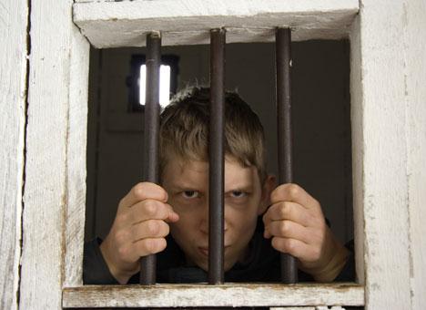 В Закарпатті кожен п'ятий підліток, який вчинив злочин не працює
