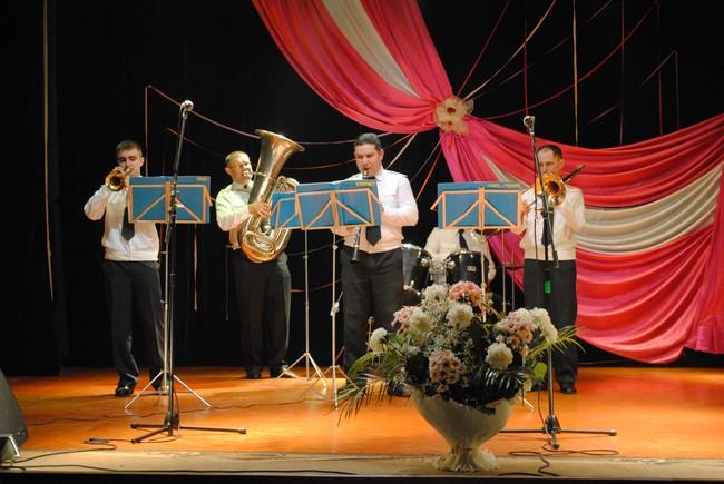 """Щорічний етнофестиваль """"У родині єдиній"""" пройшов у Мукачеві"""