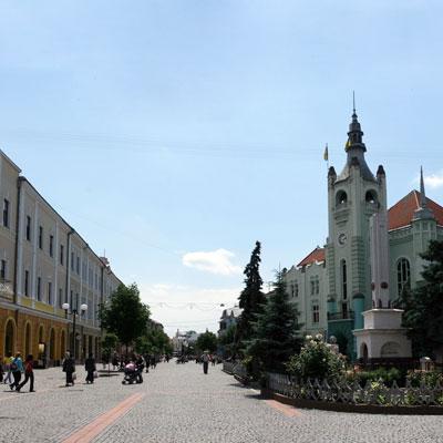 У Мукачеві засідає сесія міської ради