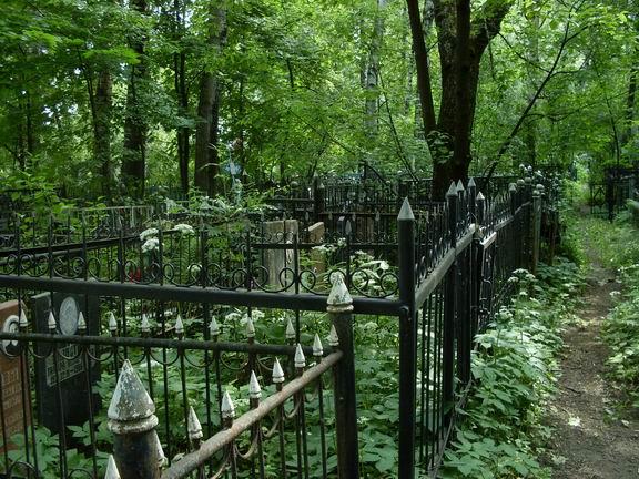 В Ужгороді бракує землі для поховань