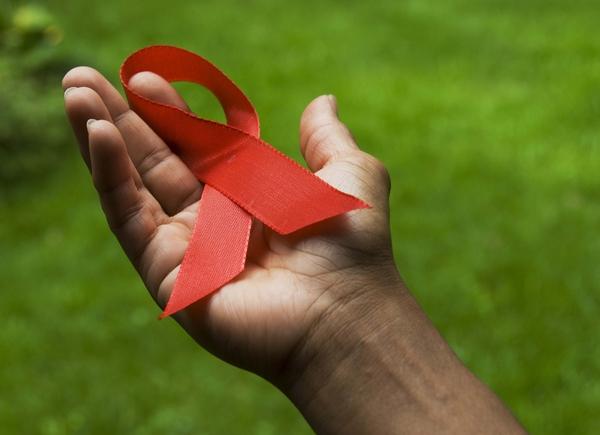 Школярам Мукачева розповіли про СНІД і про те, як його уникнути
