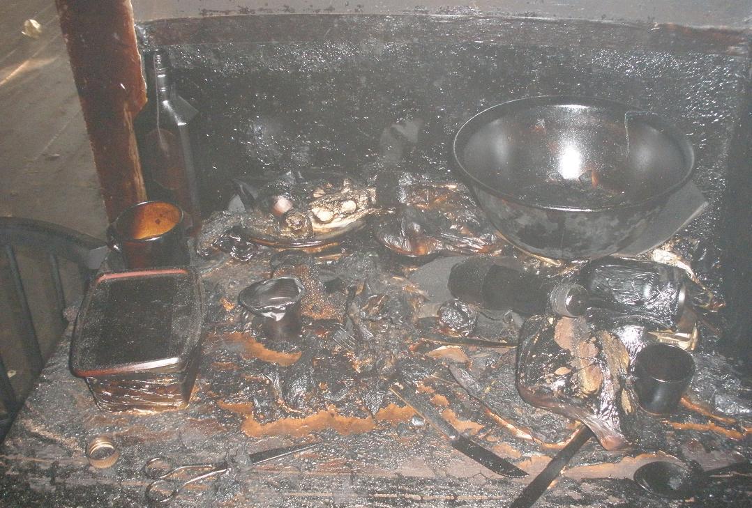 На Хустщині пожежа забрала життя двох людей