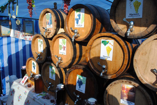 Розпочався конкурс на право участі у фестивалі «Червене вино 2013»