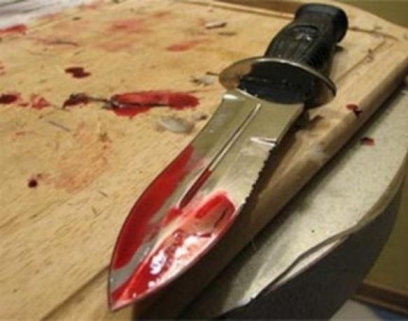 Батько й син сварку вирішували на ножах