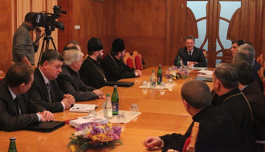 Закарпатська влада зустрілась з представниками різних конфесій