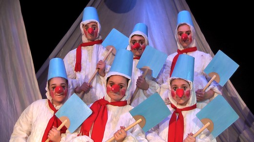 Вистава про Святого Миколая дивувала шанувальників театрального мистецтва Мукачева (ФОТО)