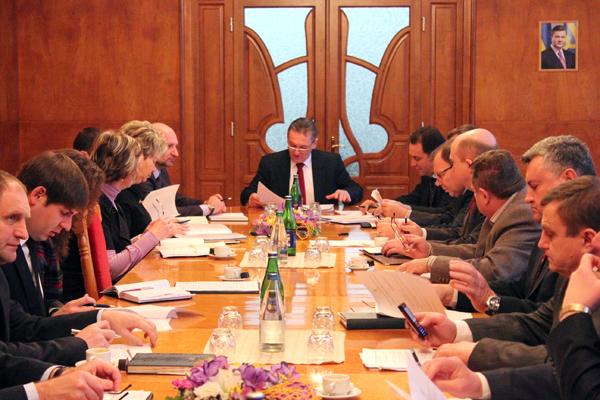 Ледида обговорив з головами райдержадміністрацій питання бюджету області на наступний рік