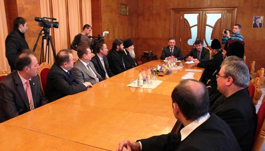 В Ужгороді відбулися передріздвяні зустрічі різних конфесій та церков Закарпаття (ВІДЕО)