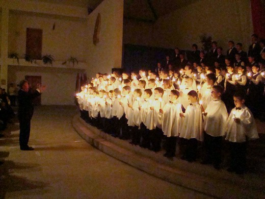 Хорова школа хлопчиків та юнаків дасть новорічно-різдвяний концерт у Мукачеві