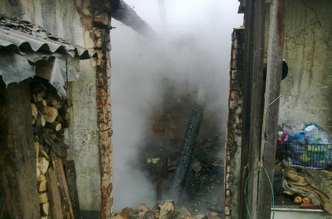 Пожежники врятували від знищення житловий будинок