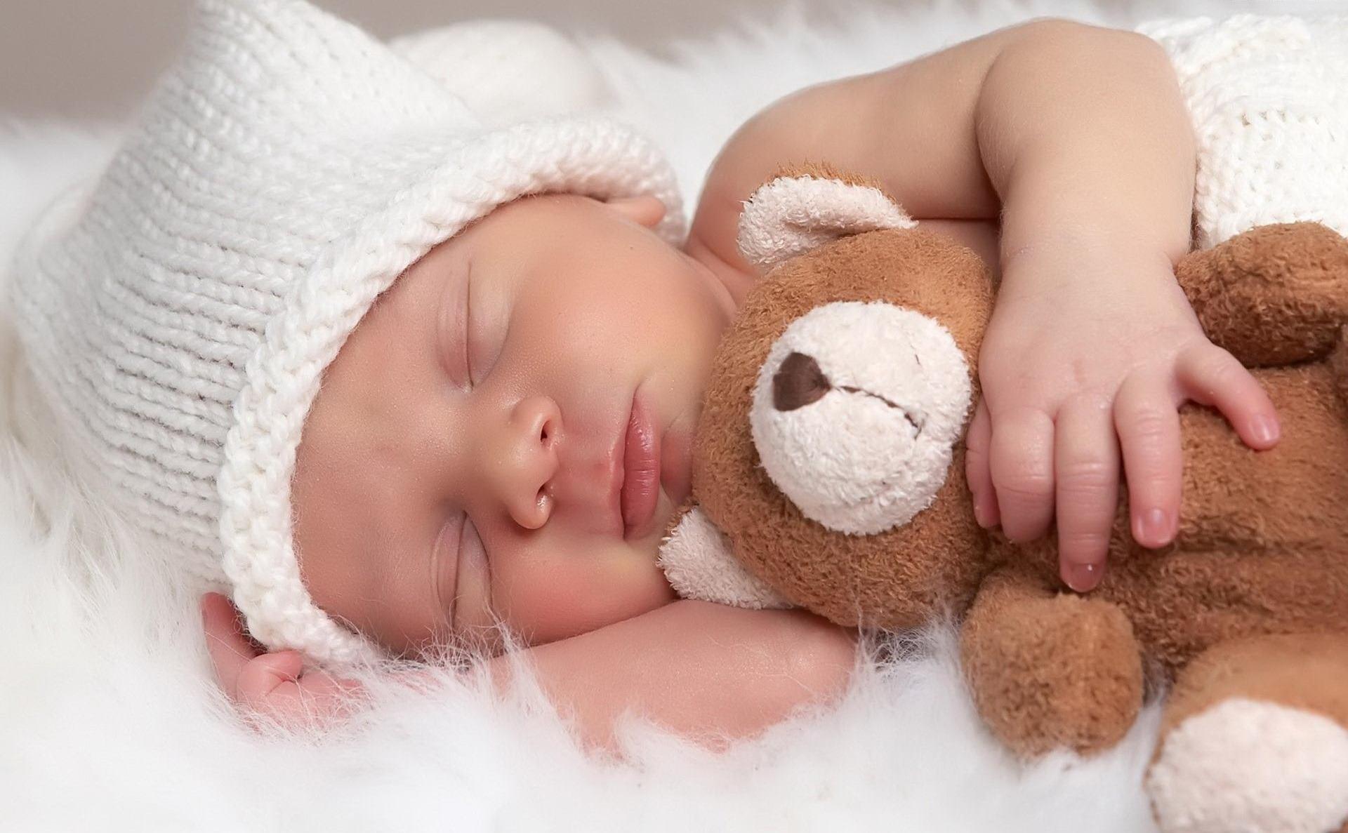 Перша дитина на Закарпатті у 2013 році народилась у Сваляві